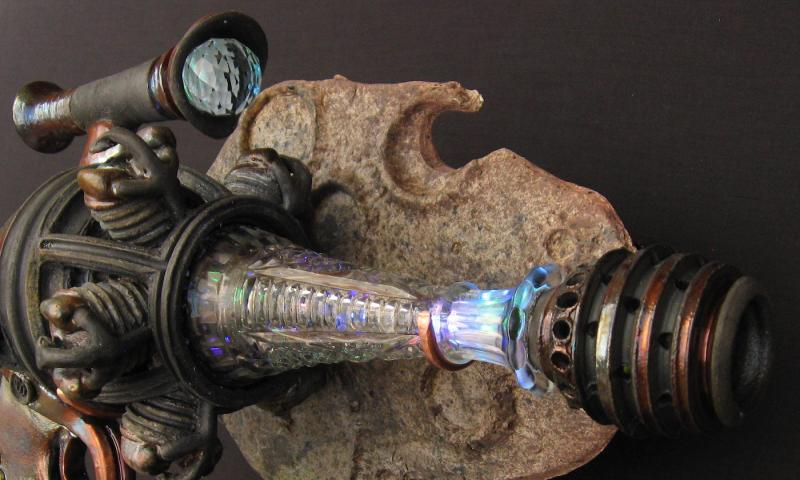 derringer nose lit up raku ray gun